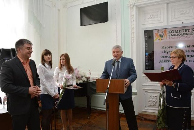 Андрей Джатдоев поздравил работников культуры Ставрополя с профессиональным праздником