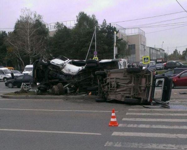 В сети появилось видео страшного ДТП на проспекте Кулакова