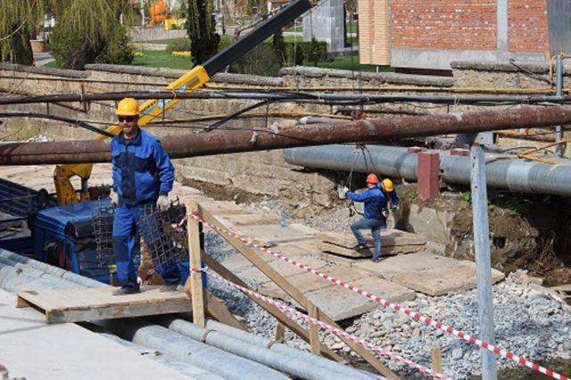 Мост через реку Ольховку в Кисловодске достроят в июне