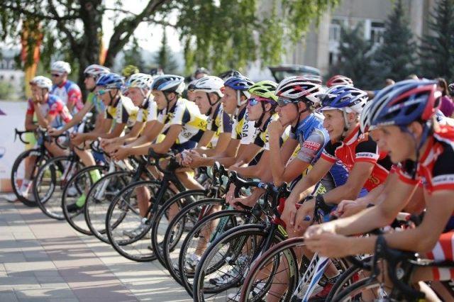 В Пятигорске стартовала велогонка «Дружба народов Северного Кавказа»