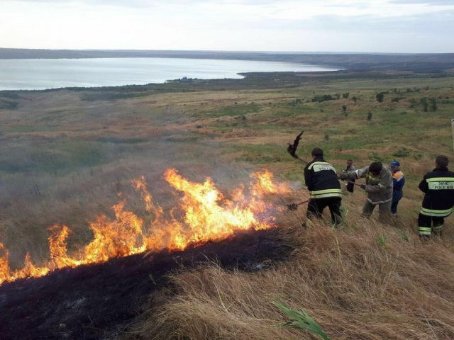 Около Сенгилеевского водохранилища Ставрополя произошёл пожар