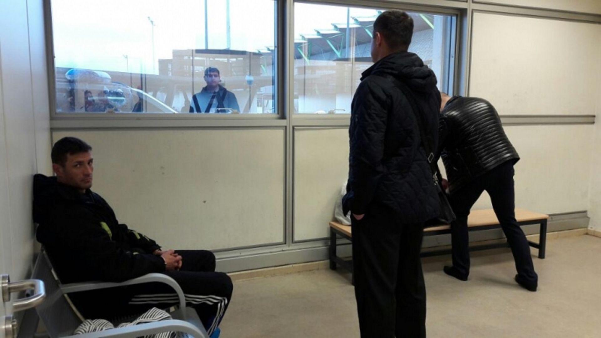 В столицу России изИспании доставили беглеца, обвиняемого впопытке серийного убийства