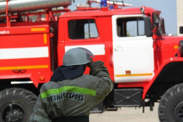 Ставропольские пожарные помогли железнодорожной бригаде выбраться из оврага