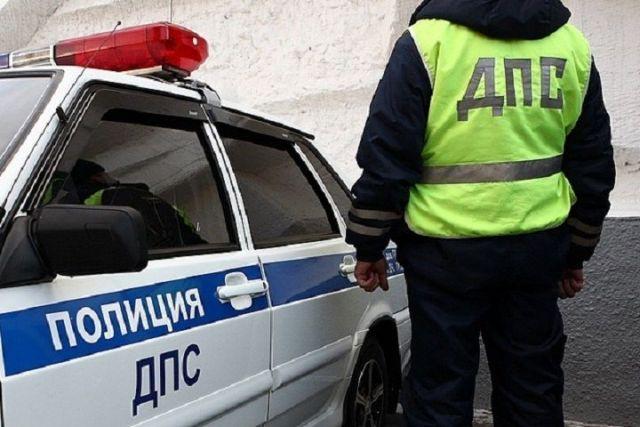 На Ставрополье пьяный водитель врезался в патрульный автомобиль ДПС