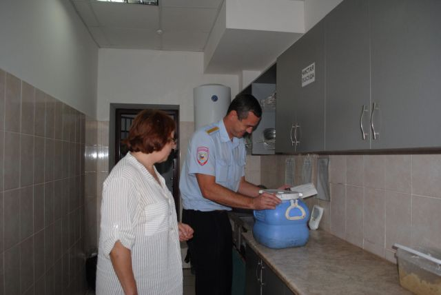 На Ставрополье представитель Общественного совета посетила изолятор временного содержания