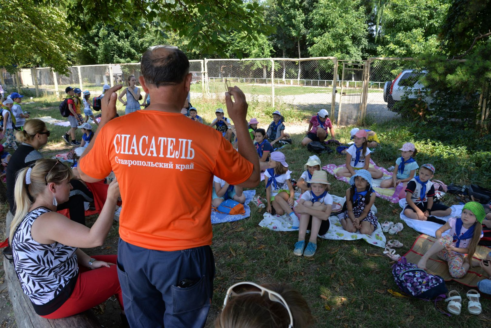 200 школьников Ессентуков посетили уроки спасателей