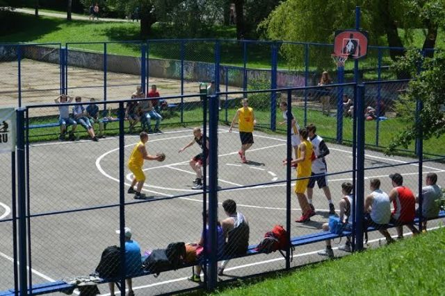 Состязания на кубок города по стритболу прошли в Ставрополе