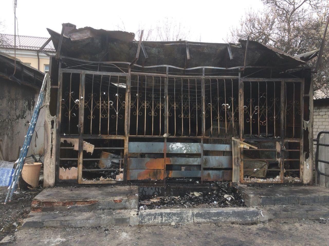 В Ессентуках горел продуктовый магазин