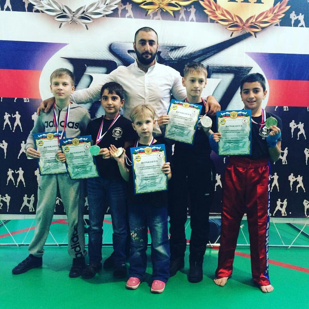 Сборная Ставрополя заняла первое место начемпионате покикбоксингу