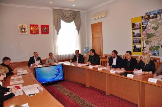 Средняя зарплата педагогов в Ставрополе дотягивает до 24 тысяч рублей