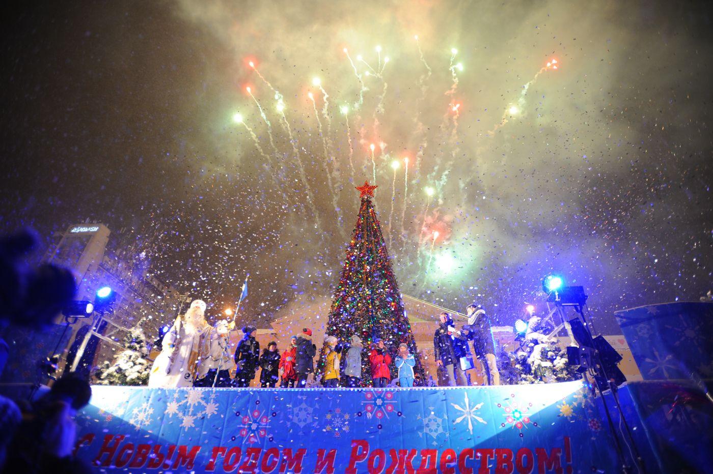 Губернатор Ставрополья принял участие вофициальном запуске новогодних торжеств