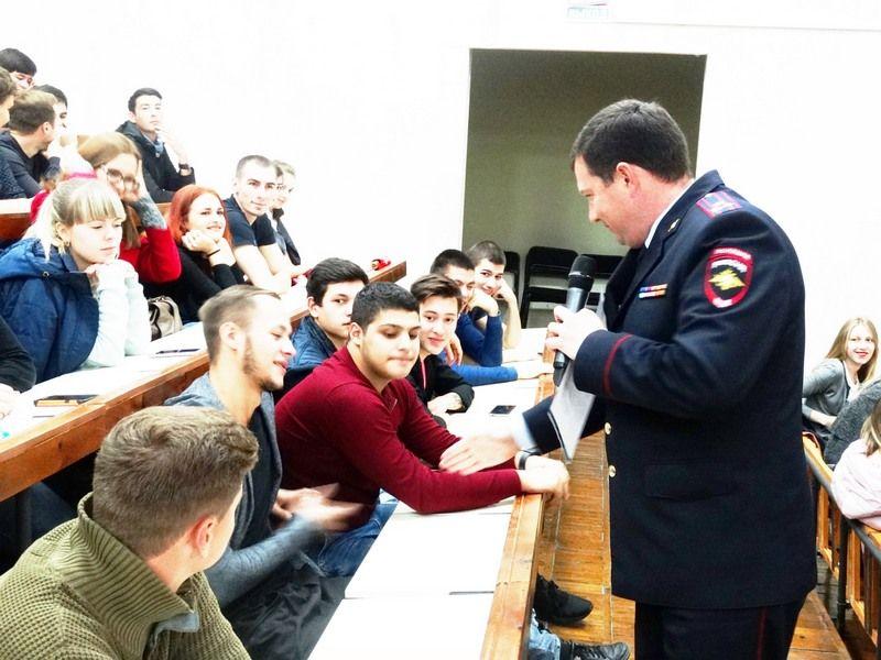 На Ставрополье прошёл студенческий форум по проблемам обеспечения дорожной безопасности