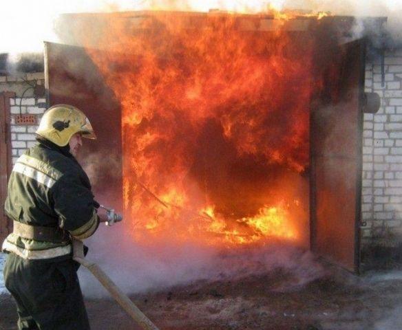 В Ставрополе горели гаражи