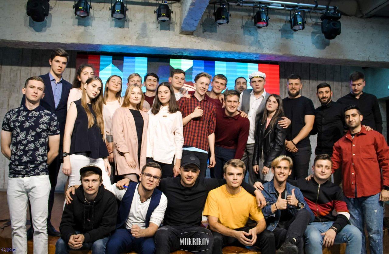 В ставропольском «Лофте» провели полуфинал студенческой лиги «ВНЕ ИГРЫ»