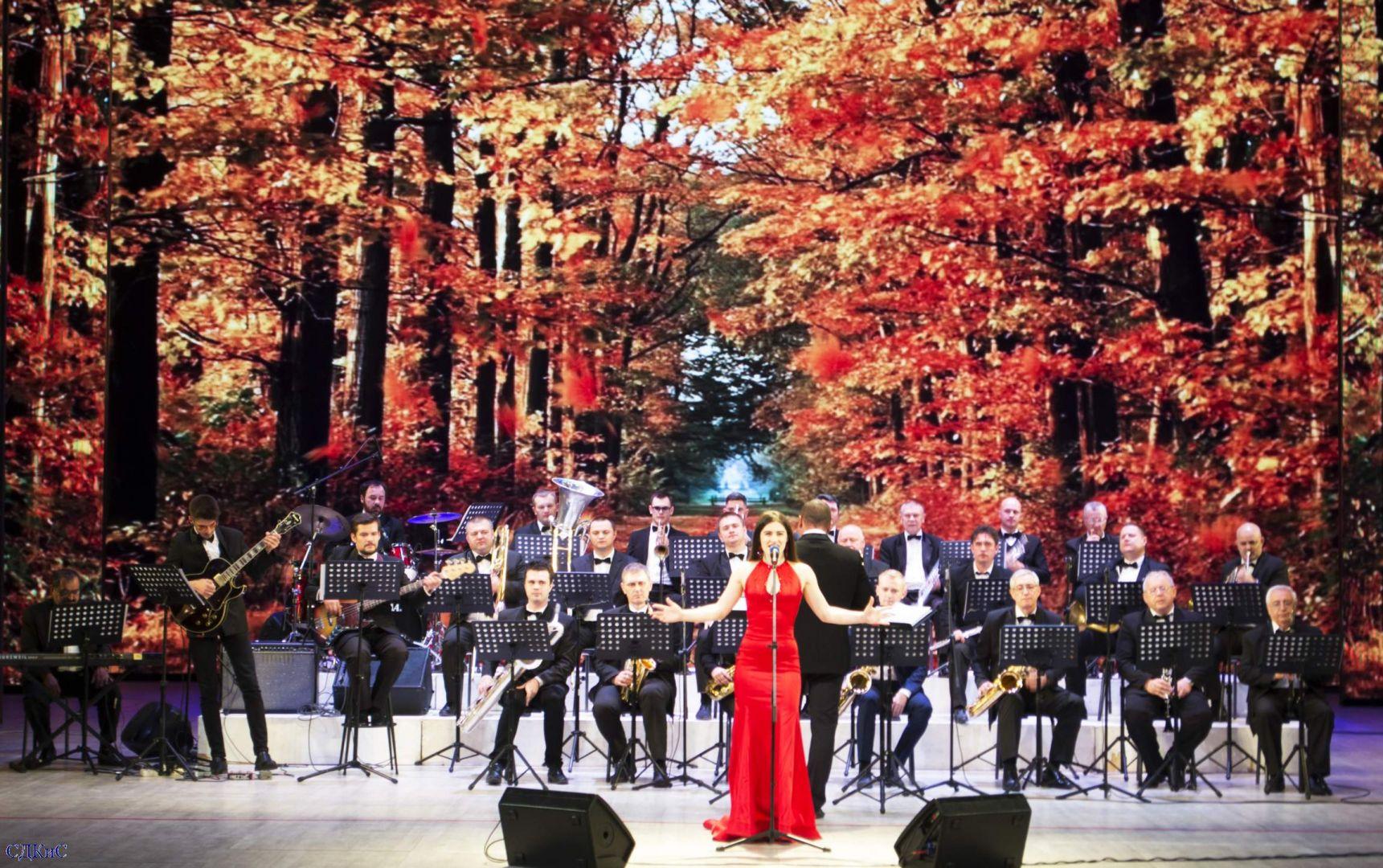 Духовой оркестр Ставропольского Дворца культуры и спорта провёл фееричную осеннюю программу