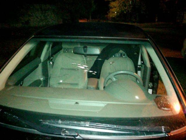 Ставрополец из ревности разбил дорогой автомобиль