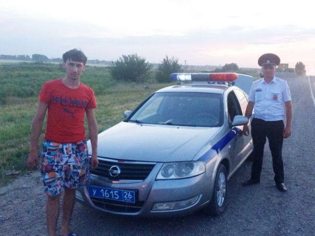 Автоинспекторы Ставрополья помогли водителю сломавшегося автомобиля