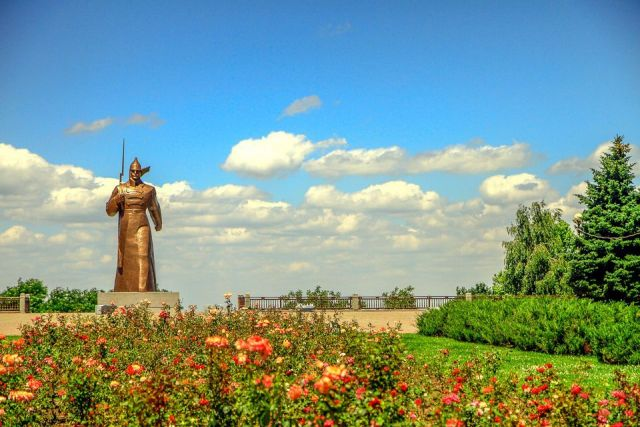Ставрополь принимает поздравления с победой