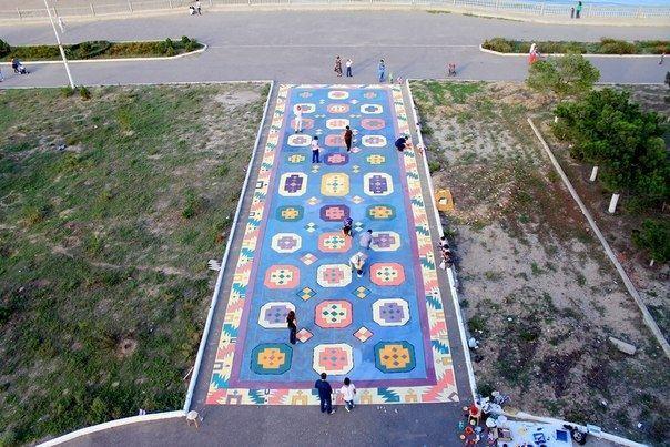 В Дербенте нарисуют гигантский ковёр прямо на улице