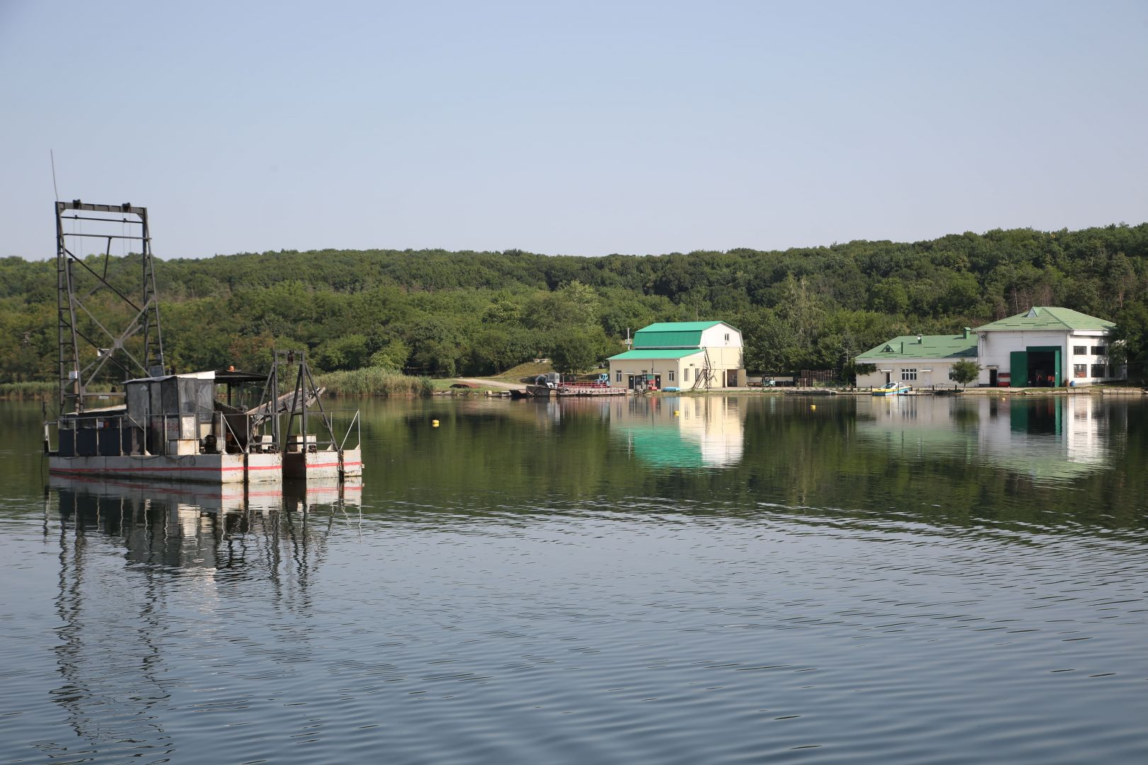 В окрестностях озера Тамбукан проведут генеральную уборку