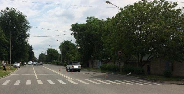 В Пятигорске водитель внедорожника сбил насмерть женщину