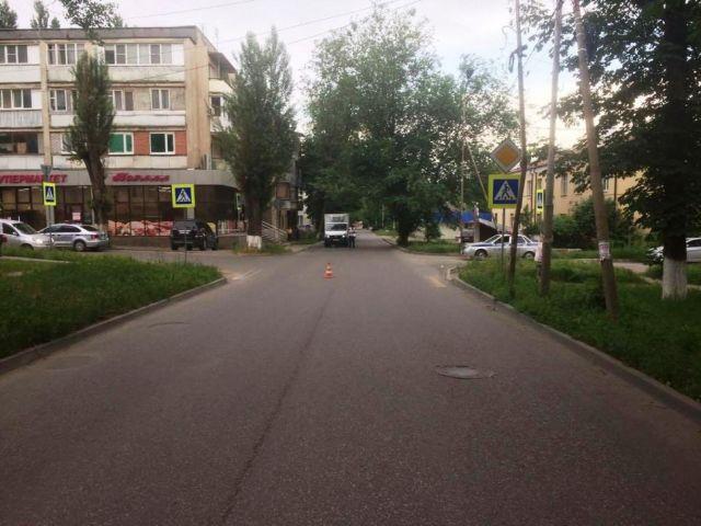 В Ставропольском крае ищут водителя, который сбил девушку и скрылся