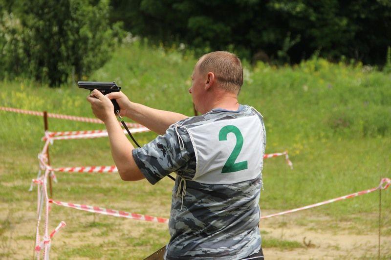 В Ставрополе прошли соревнования по летнему биатлону среди сотрудников полиции