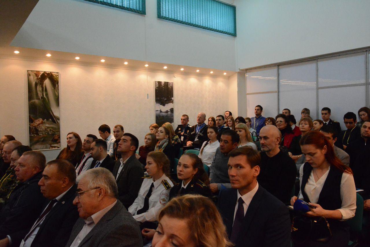 В Ставрополе собрались эксперты в области межнациональных отношений