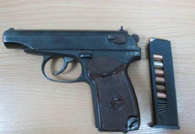 В аэропорту Минвод задержали пассажира международного авиарейса с пистолетом
