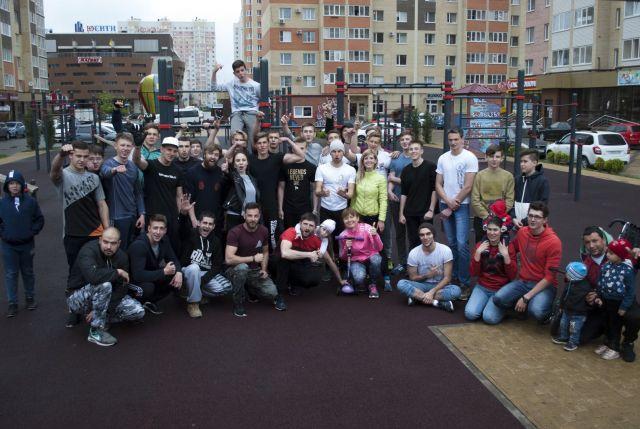 Ставропольцы установили «Рекорд Победы» и отжались 26 663 раза