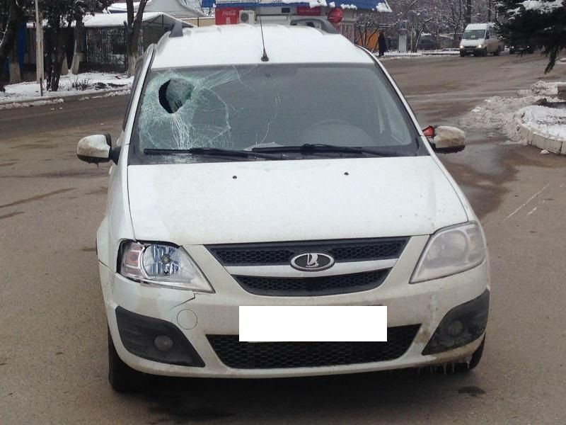 На Ставрополье водитель сбил 17-летнюю девушку на пешеходном переходе