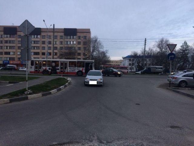 В Ставрополе иномарка столкнулась с автобусом, пострадал пятилетний ребёнок