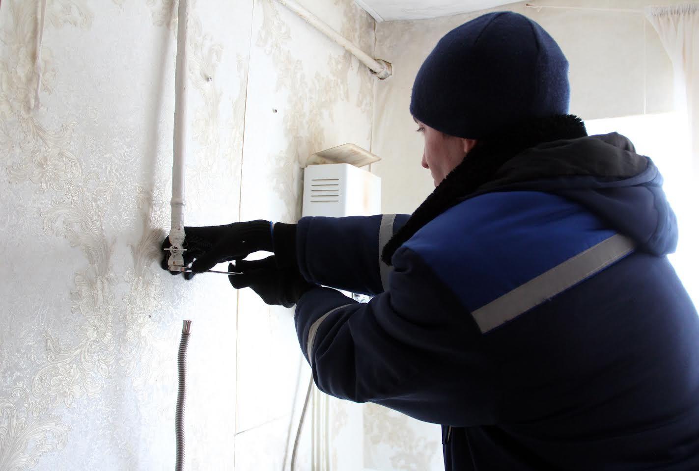 Самовольно установленная колонка без дымохода отравила семью вСтаврополе