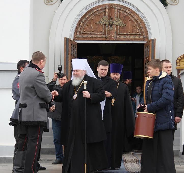 Митрополит Ставропольский и Невинномысский Кирилл посетил православную гимназию в Невинномысске