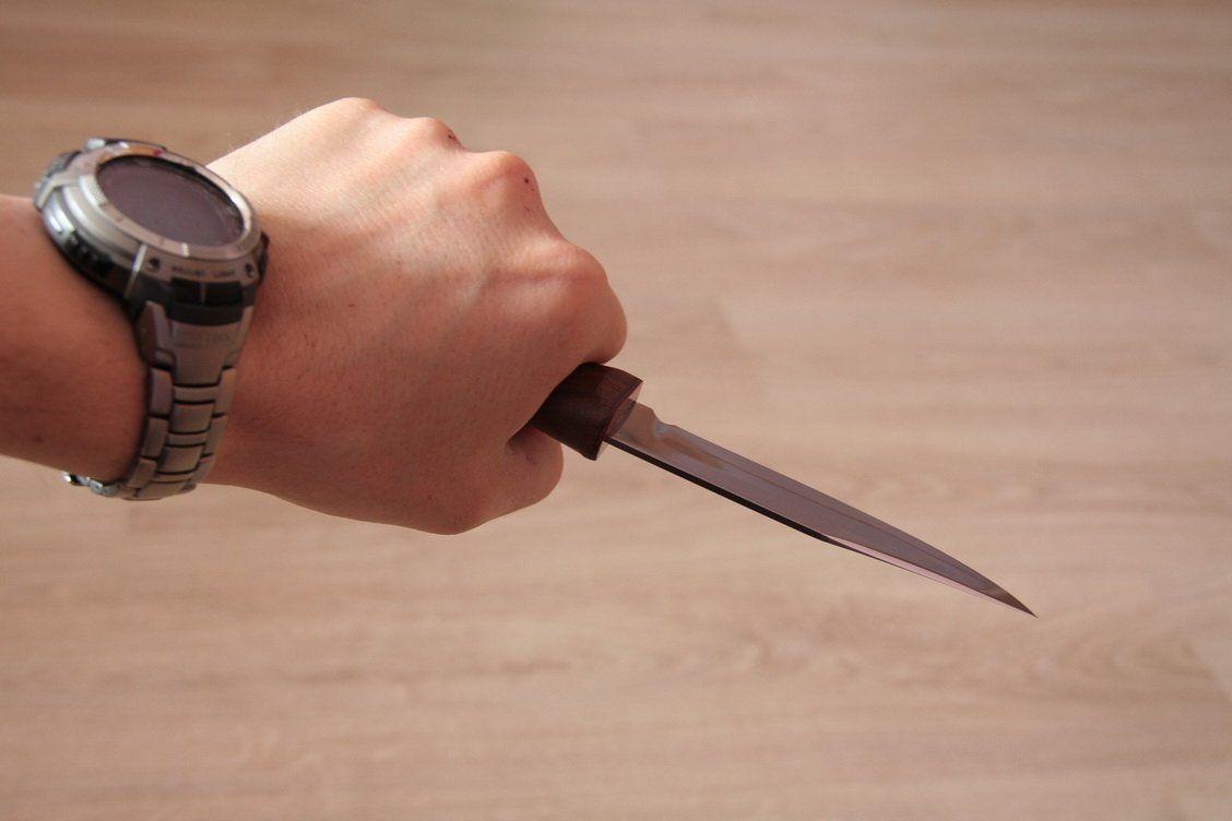 ВКисловодске мужчина зарезал сожителя бывшей супруги