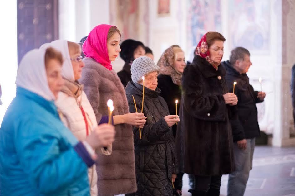 В Пятигорске прошла панихида по погибшим в авиационной катастрофе Ту-154 над Чёрным морем