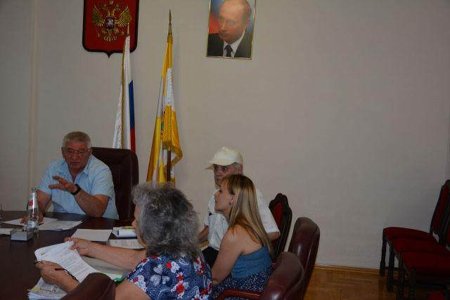 Глава Ставрополя провёл личный приём граждан