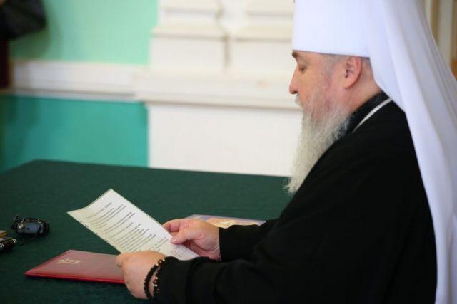 Митрополит Кирилл подписал петицию за запрет абортов в России