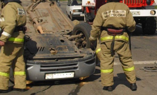 ВСтаврополе пассажирский автобус столкнулся слегковушкой