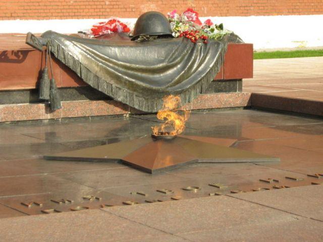 Глава региона направил Сергею Шевелёву телеграмму ко Дню неизвестного солдата