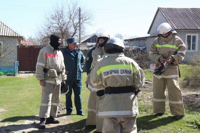Пожарные потушили два автомобиля на Ставрополье