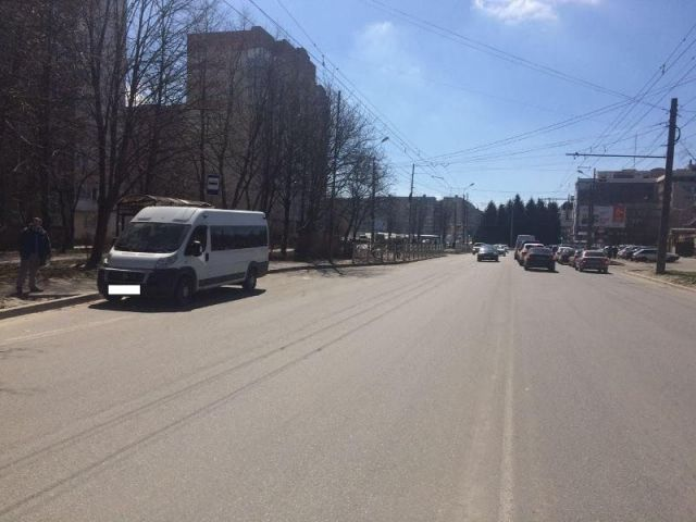 Ставропольчанка пострадала из-за резкого торможения маршрутки