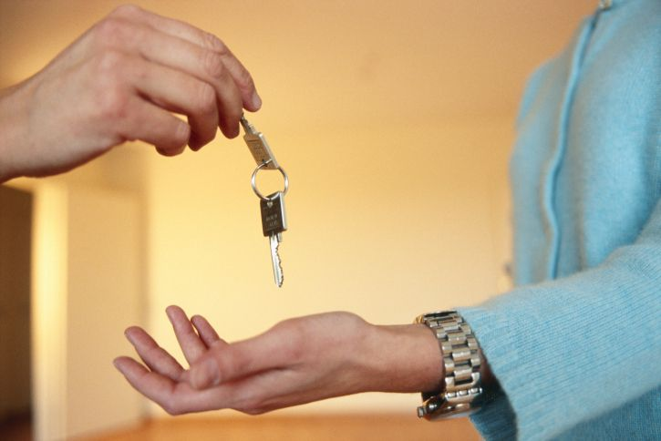 ВСтаврополе юноша пересдал арендованную квартиру