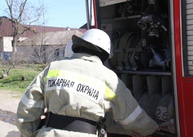 В одном из домов Ставрополья загорелся гараж с домашними животными
