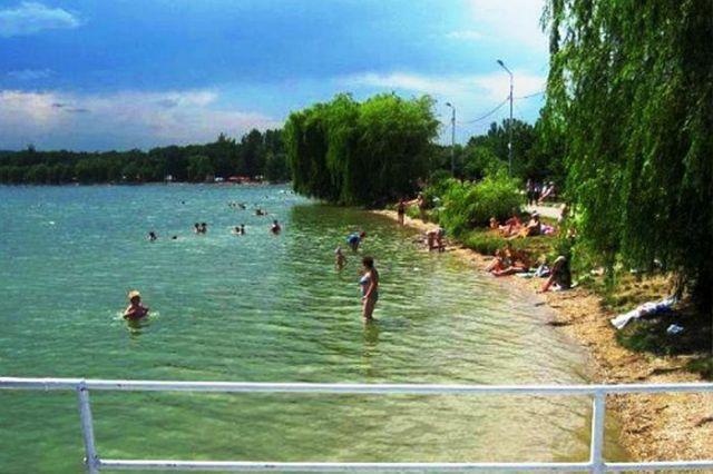 Пятигорское озеро готово ккупальному сезону
