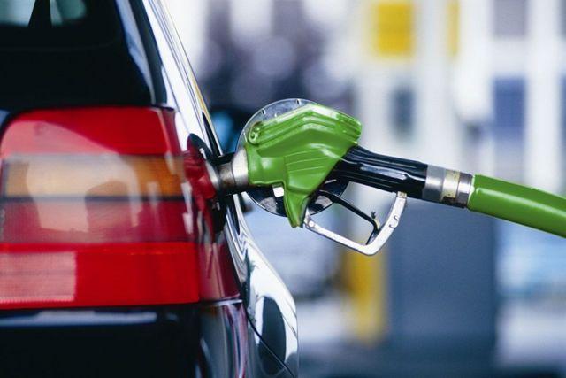 Рост цен на бензин в России пока остановится
