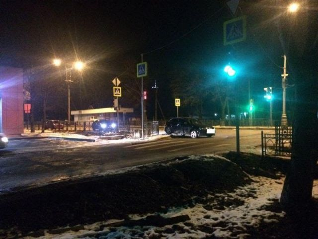 В Пятигорске поздно ночью столкнулись четыре автомобиля