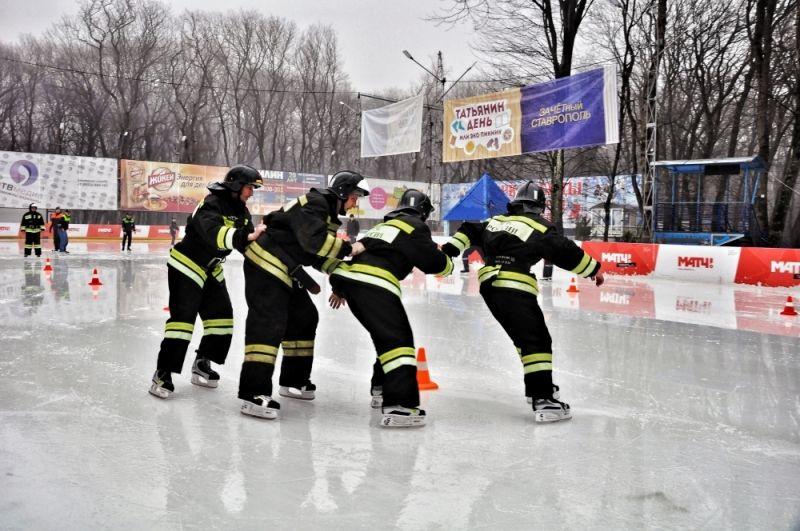 Брянские пожарные сменили шланги наклюшки