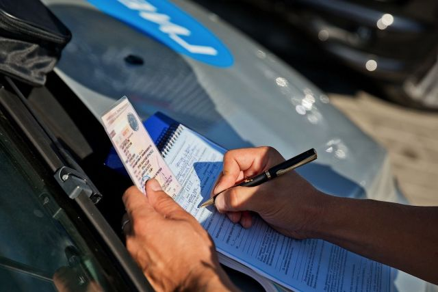 Ставрополец заплатит штраф за покупку зачёта по вождению