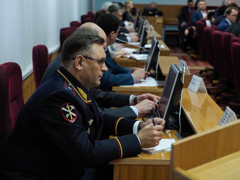 Подготовку кНовому году обсудили в руководстве Ставропольского края